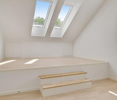 Loftrum forvandlet til flot 1. sal inkl. Velux vinduer og Moland parketgulv i Vanløse nær København