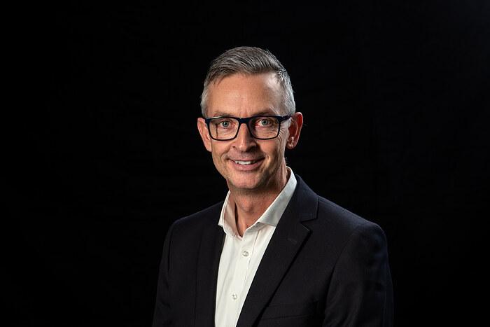 Lars Gravenslund Bern, Indehaver, Ejendomsmægler MDE, Køberrådgiver