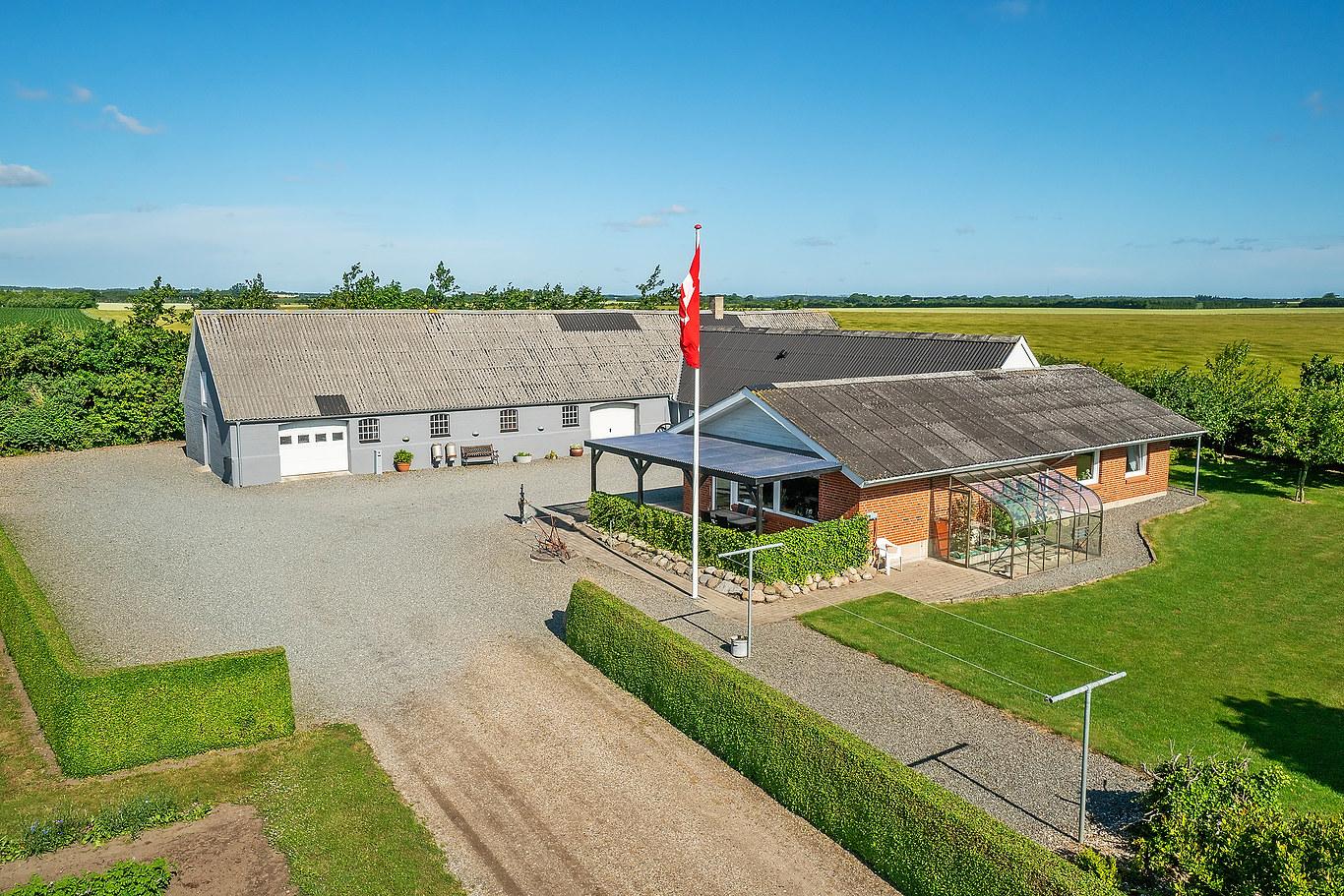 nedlagt landbrug midtjylland
