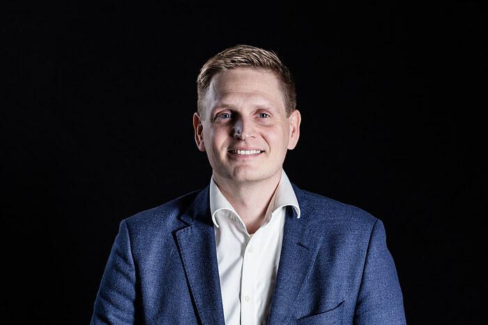 Kristian Kofoed, Indehaver/ Ejendomsmægler, MDE, HD(O)