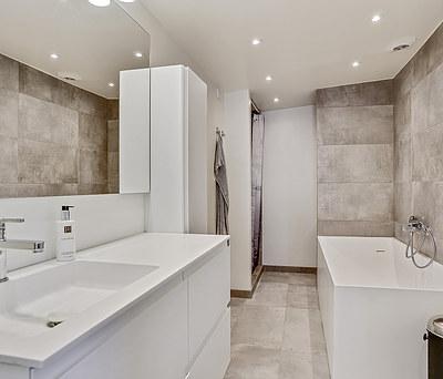 Nyt 8 m2 badeværelse i Valby nær København