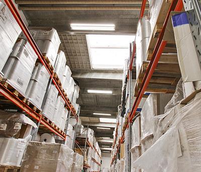 Energibesparende renovering af belysning på lager & kontor i Hedehusene nær Roskilde
