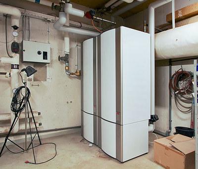 Konvertering til fjernvarme og energioptimering af Gymnasium nær Odense