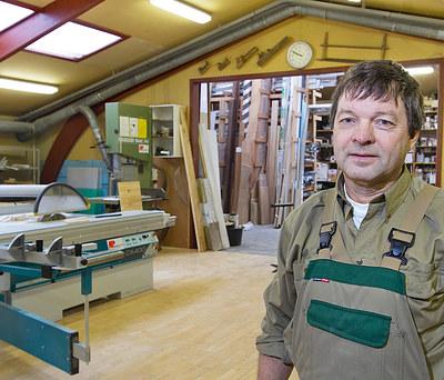 Jens Ove Hansen. Tømrer og Bygningssnedker ApS