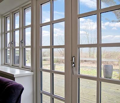 22 nye KPK vinduer i maghogni og træ/alu til hus i Ringsted
