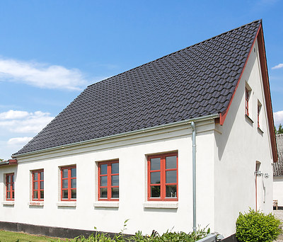 Nyt 110 m2 V. Meyer tegltag og facaderenovering af hus i Næstved