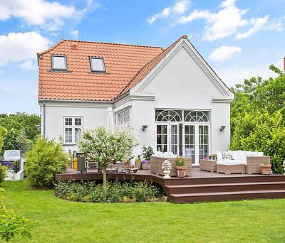 Nymalet hus både indendørs og udendørs på Frederiksberg nær København