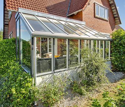 Ny 20 m2 udestue med store glaspartier i Kjellerup nær Silkeborg
