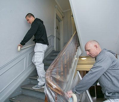 Mauritzens Malerfirma i arbejde