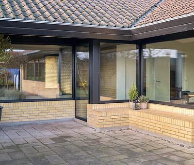 Udskiftning af gamle vinduer til nye Velfac lavenergi vinduer i Næstved