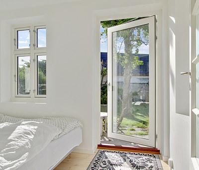 Ny flot 9 m2 tilbygning med KPK vinduer til hus i Brønshøj nær København