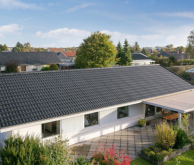 Nyt 200 m2 Decra ståltag fra Icopal til hus i Tilst