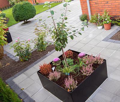 Nyt haveanlæg inkl. ny fliseterrasse og nylagt græsplæne i Esbjerg