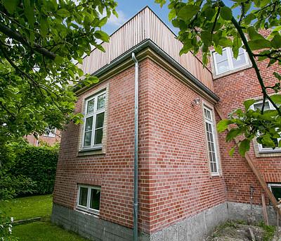 Ny 35 m2 tilbygning udført i oprindelig stil til hus i København S