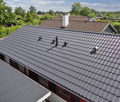 Nyt 156 m2 ståltag med Profilmetal tagstensplader i Farum