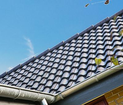 Nyt tag med tegl fra Komproment og nye Outline vinduer til hus i Malling nær Århus