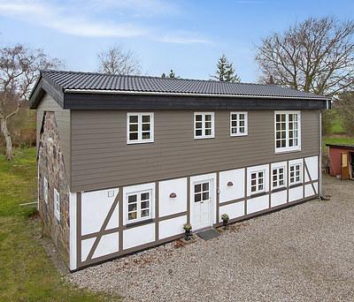 Helt ny 1. sal inkl. nyt Monier tegltag og KPK vinduer til hus på Fyn