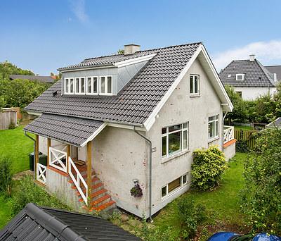 Helt ny 70 m2 1. sal med V. Meyer tegltag til hus i Søborg nær Lyngby
