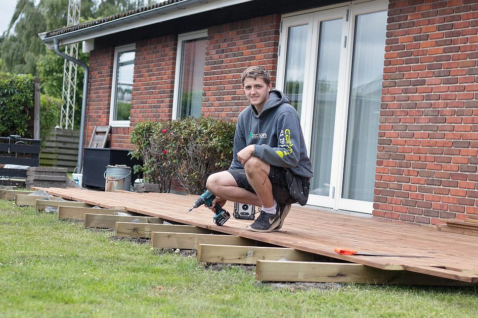 Dickows Tømrer & Haveservice 3
