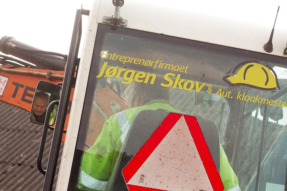 Entreprenørfirmaet Jørgen Skov ApS, Aut. Kloakmester 7