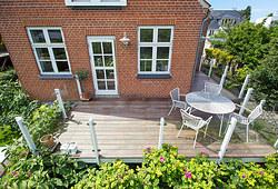Ny flot 25 m2 terrasse i Jatoba træ til hus i Skibby nær Frederikssund
