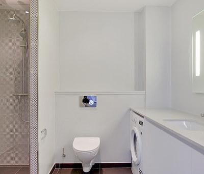 27 nye, enkle badeværelser med Ifö produkter i København