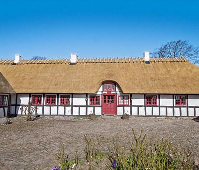Nyt stråtag på gård i Brenderup Fyn nær Middelfart