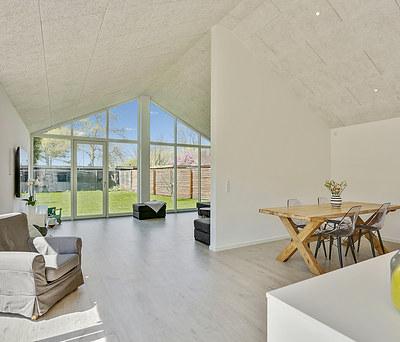 Nyt flot arkitekttegnet hus i Karlslunde ved Køge Bugt