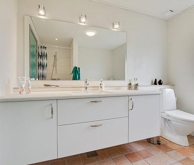 Renovering af køkken og badeværelse i Ikast