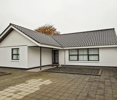 Facademaling af 180 m2 hus inkl. udhæng i Herning