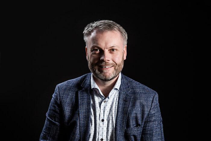 Morten Bak, Indehaver/ Ejendomsmægler MDE