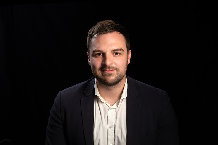 Mike Donvild, Salg & vurdering - Team Leder